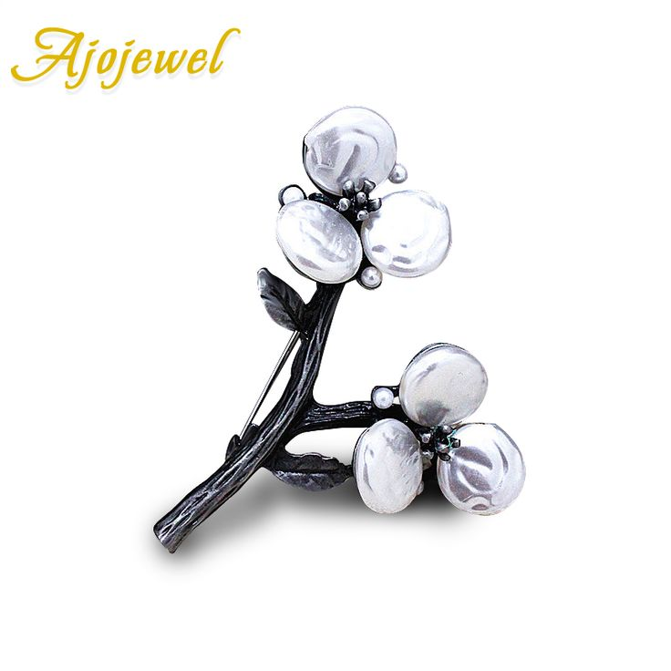 Ajojewel Vintage Accessories White Natural Shell Flower Women Brooches For Wedding Bouquets
