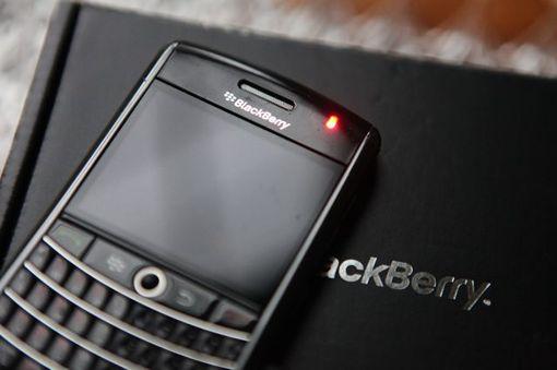 Cara Memperbaiki Red Blink BlackBerry