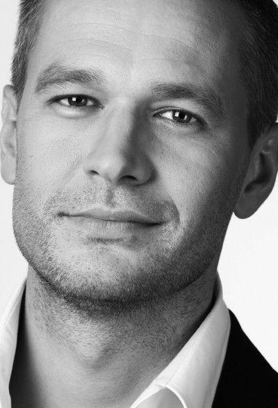 Michal Zebrowski (actor) barb - Pesquisa Google