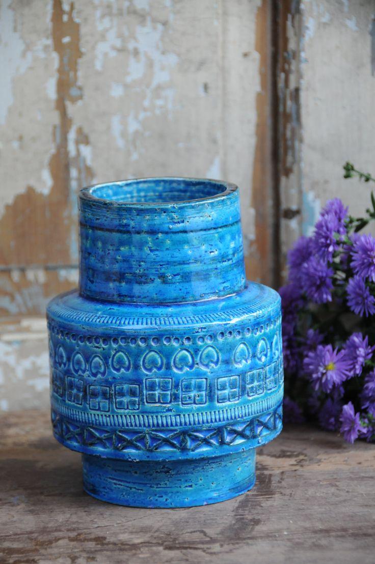 Bitossi Rimini blue glaze vase by Aldo Londi - Vase ceramic / Bitossi / vintage / Rimini blue / Aldo Londi / 1960s / Italy / home accessory by FridasVintage on Etsy