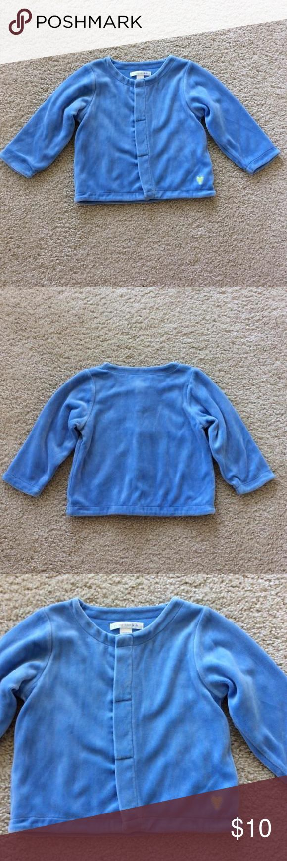 👫Pottery Barn Kids jacket Pottery Barn Kids jacket. Super soft velour like fabric 80 cotton 20 polyester. 100% cotton Lmk Ning. Snap front closure. Size 18-24 mths. Excellent condition. Pottey Barn Kids Jackets & Coats