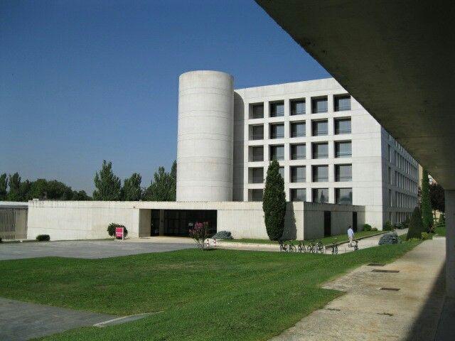 Biblioteca Universidad de Pamplona_Javier Carvajal