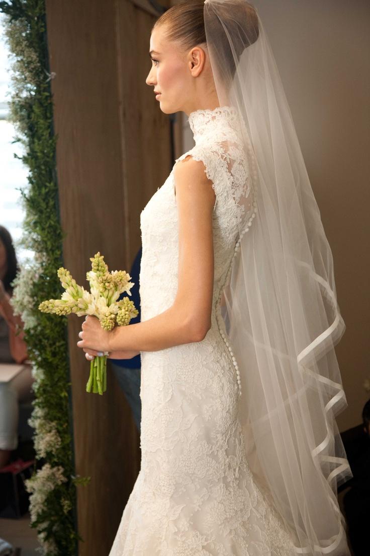 Ok wedding gallery the beauty dress of cheongsam 2013 - Oscar De La Renta Bridal 2013 Photo By Nathan Kraxberger