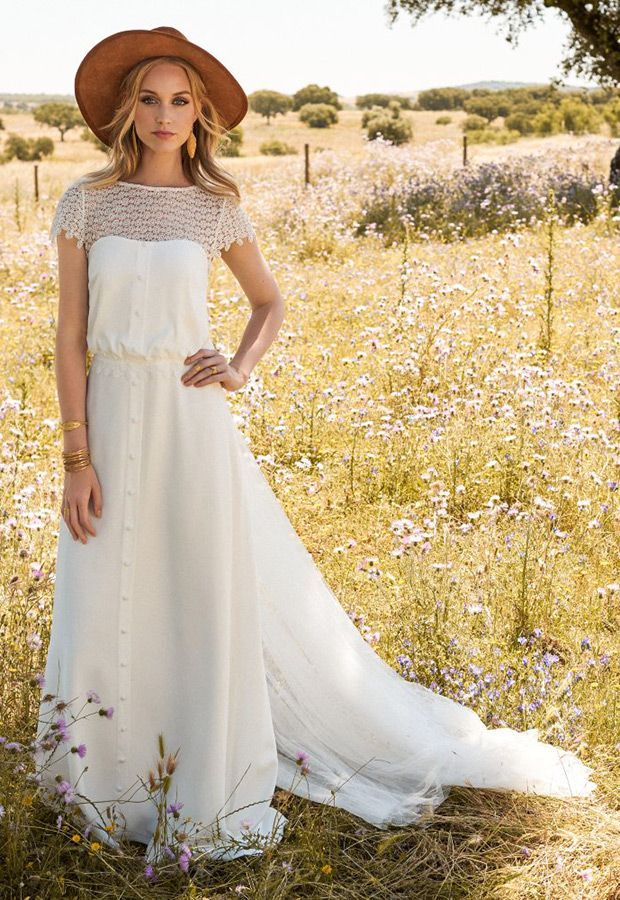 Jana wedding dress from Rembo Styling 2017 Collection - see the rest of the collection on www.onefabday.com