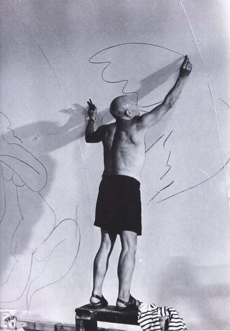 Pablo Picasso  https://www.facebook.com/media/set/?set=a.226743534151546.1073741832.122558571236710&type=1&l=999c0984b2
