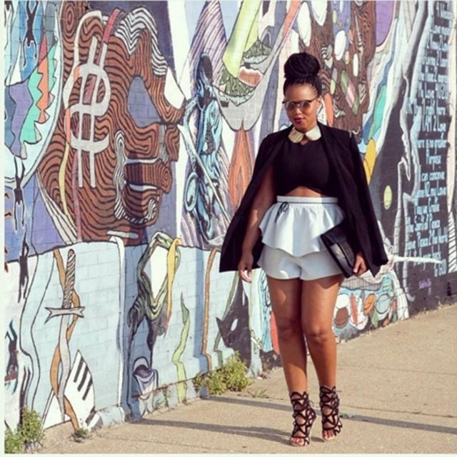 Bun up Box braids. @thewerkplace making the sidewalk the catwalk . slaying it with thos shoes too!! #boxbraids #topbun #protectivestyles #naturalhair,#teamnatural,#kinkychicks, #nhdaily #style #swag #girl #makeup #curlkit