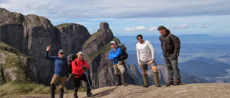 Alpinistas fazendo a Travessia Petrópolis / Teresópolis na Serra dos Órgãos