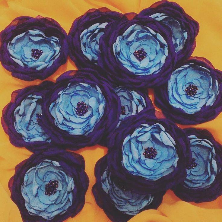 37 отметок «Нравится», 5 комментариев — цветы из ткани бортики подушки (@cvety_iz_tkani) в Instagram: «Бессонные ночи стоят этого😊😊😊 #цветыизткани #шапочкисцветами #повязканаголову #повязкасцветами…»