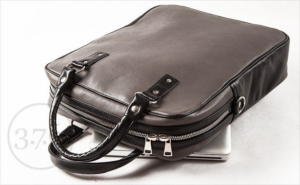 "Computer bag for laptops up to 15""-16"""