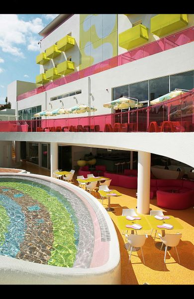 Semiramis Hotel - Pool - The pool area's design is based on organic shapes and vibrant colors.