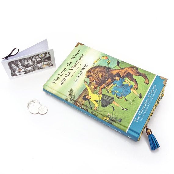 The Lion the Witch and the Wardrobe Clutch Bag CS by BagsyMeFirst