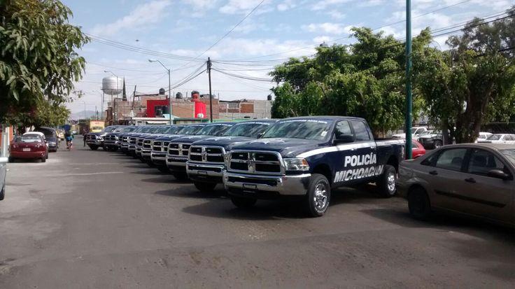 En este momento, el evento se realiza en el Instituto Estatal de Estudios Superiores en Seguridad y Profesionalización Policial, mejor conocido como la Academia de Policía; encabezan el gobernador Silvano ...