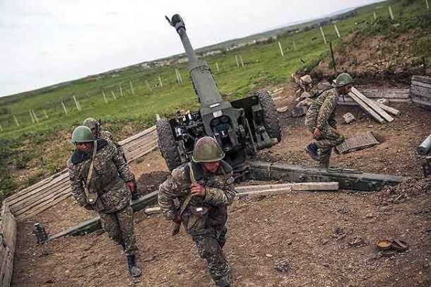 Η Αρμενία κλείνει τα σύνορα με την Τουρκία  Στα όπλα οι Αρμένιοι με το βλέμμα στο Καρς