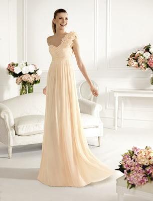 Glamourosa colección de vestidos de fiesta de la firma de moda Pronovias para el 2012/2013, http://www.mujerdemoda.net/2012/03/vestidos-de-fiesta-pronovias-20122013.html