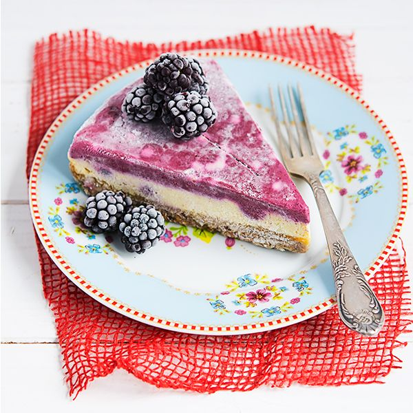 tort raw vegan, Cool Stripes, de la RawCoco