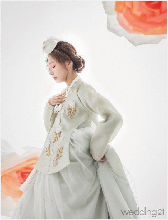 [한복] 고운 한복 차려입은 소녀, 봄빛에 물들다. 진주상단 < 웨딩뉴스 < 웨딩검색 웨프