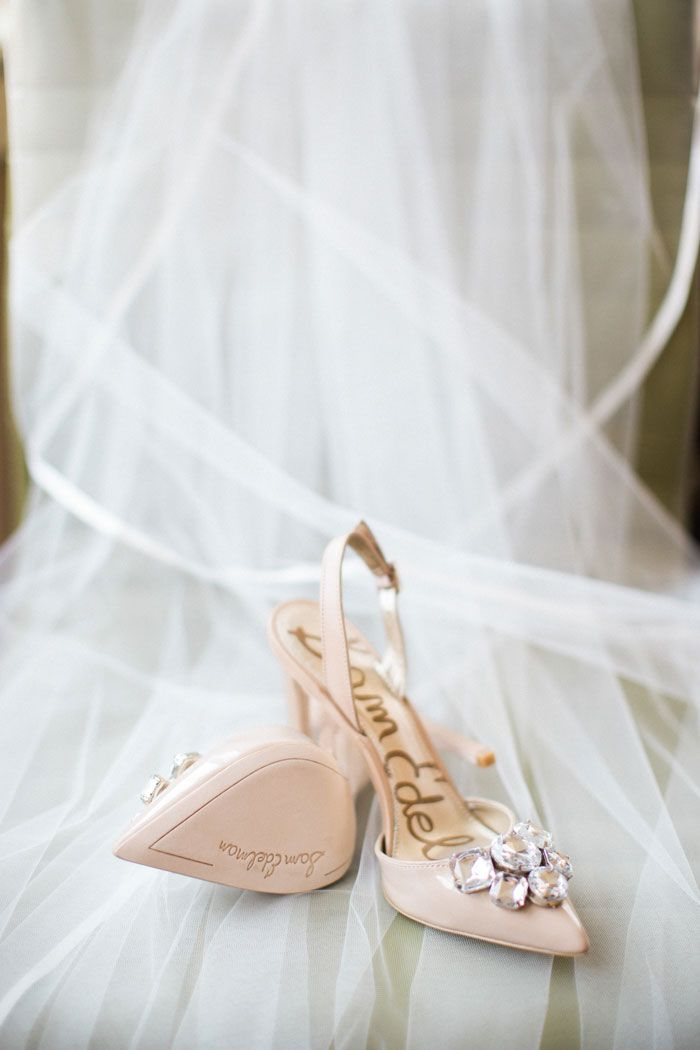 Grey Likes Weddings Is Love Well Styled A Wedding Blog Dedicated To Stylish And Discerning Brides Curated By Stylist Summer Watkins Updated Daily