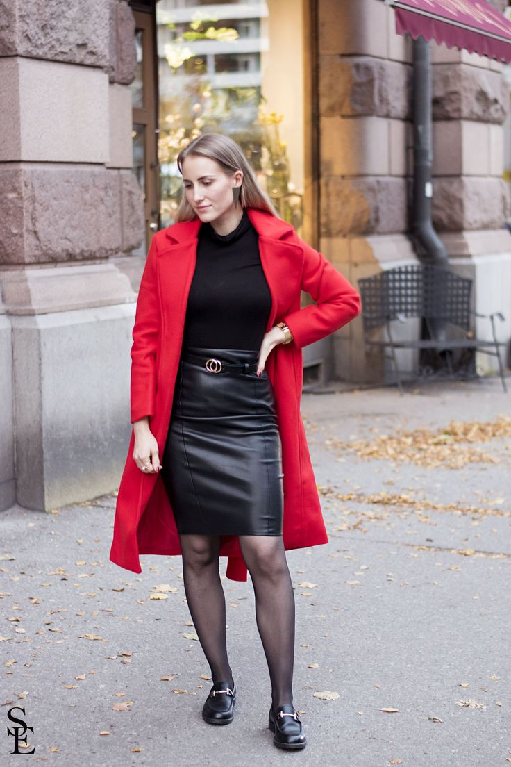 OUTFIT- Red coat