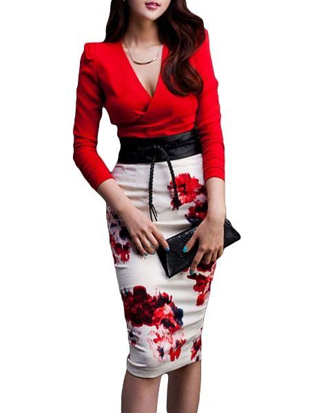 Robe noire accessoire rouge