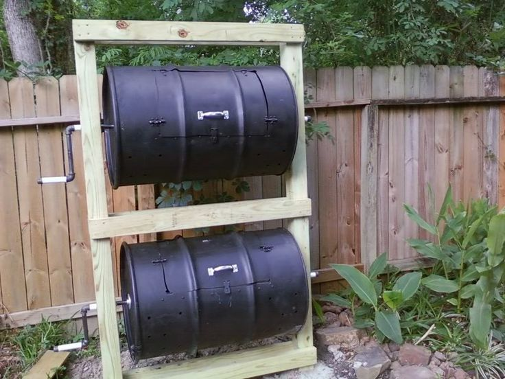 DIY compost tumbler- this doesn't actually have diy directions...but we could probably figure out most of it by looking at it