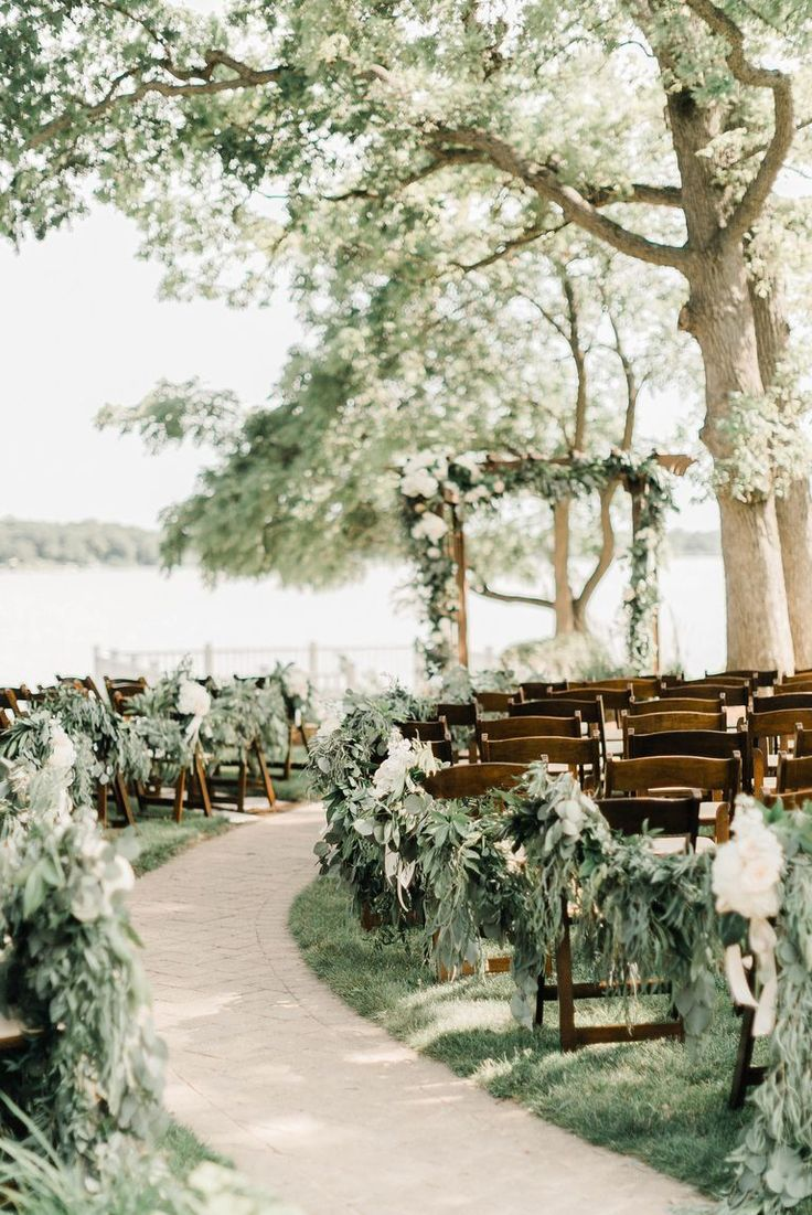 Rustic Wedding Ideas That Ll Inspire Your Big Day In 2020 Romantic Wedding Venue Rustic Wedding Rustic Wedding Venues