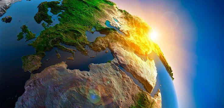 kecilnya+kita+diatas+bumi+dalam+ruang+angkasa.jpg (1512×730)