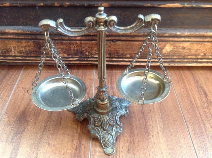 VENDU - Vintage Balance de l'équilibre - Justice - Vintage Balance of justice de la boutique LesTresorsDeClaudet sur Etsy