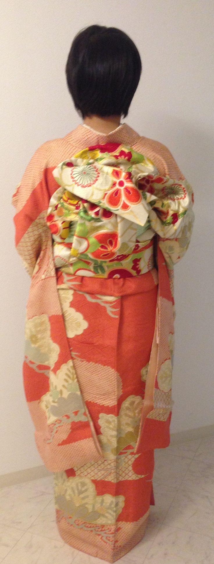 振袖 / Furisode (Formal Kimono for unmarried woman)