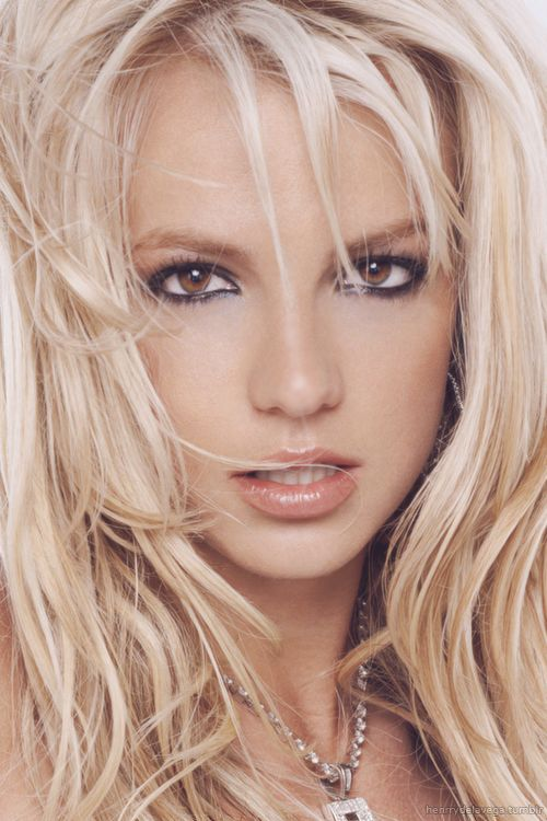 britney-spears-beautiful-hot-indian-nude-woman-in-action