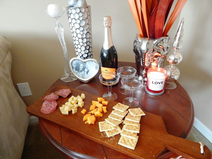 Blogger Clothing Swap - west elm cheeseboard & ruffino prosecco