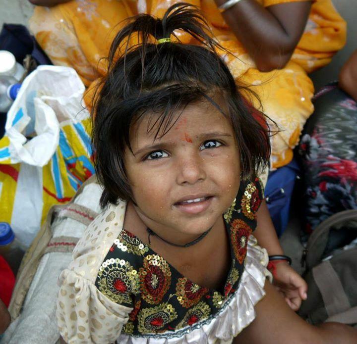 Those sparkling eyes  #people #girl #kid #India  ©Giorgia Pezzoni
