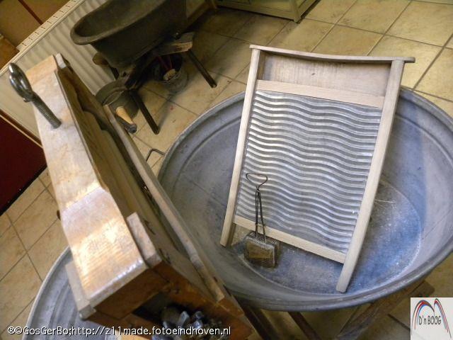 Hollandse hand wasmachne. Zinkenteil, wasbord & wringer. Zeepklopper om het sop luchtig te krijgen