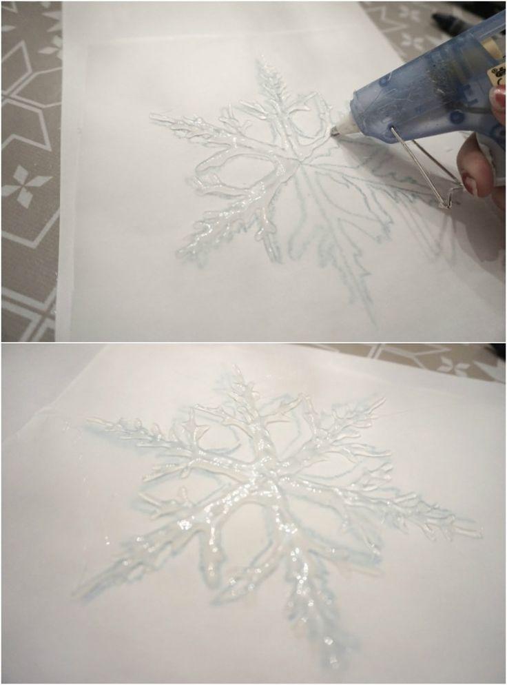 deco-de-noel-fait-main-flocon-neige-decoratif-colle-thermofusible