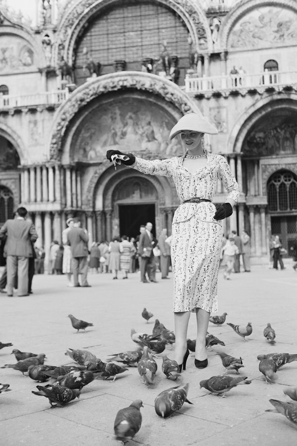 1951: Feed the birds. Belt your blazer. Go for a cornerless hat. If you want to take a page out of this '50's style star's book, that is.