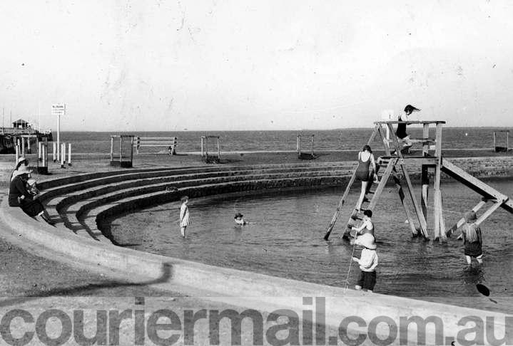 The Wynnum wading pool in the early 1930s