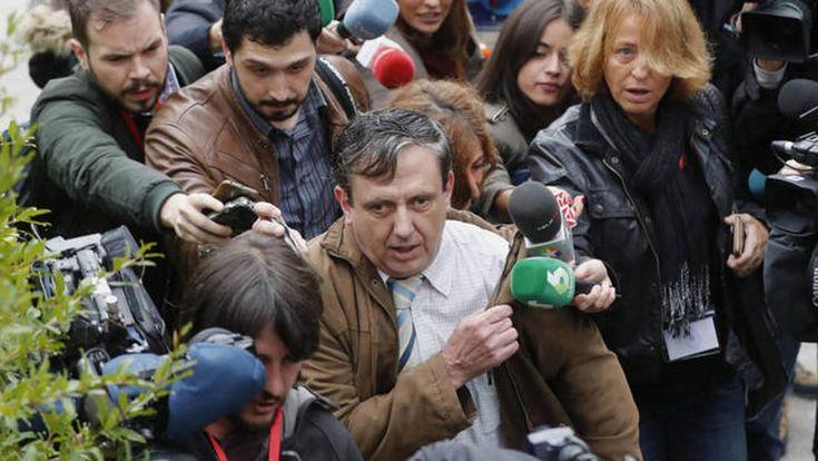 Abogados por encima de todo  ||  Más de 45.000 letrados de oficio se esfuerzan cada día por lograr la mejor defensa de sus clientes, «monstruos» en muchos casos http://www.abc.es/espana/abci-abogados-encima-todo-201801220210_noticia_amp.html?__twitter_impression=true&utm_campaign=crowdfire&utm_content=crowdfire&utm_medium=social&utm_source=pinterest