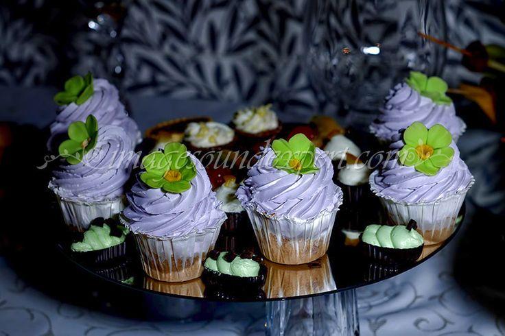 briose, cupcakes, kleine cuchen, petits gateaux
