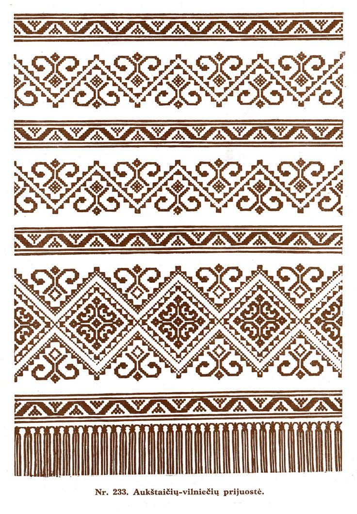 Lithuanian weaving pattern