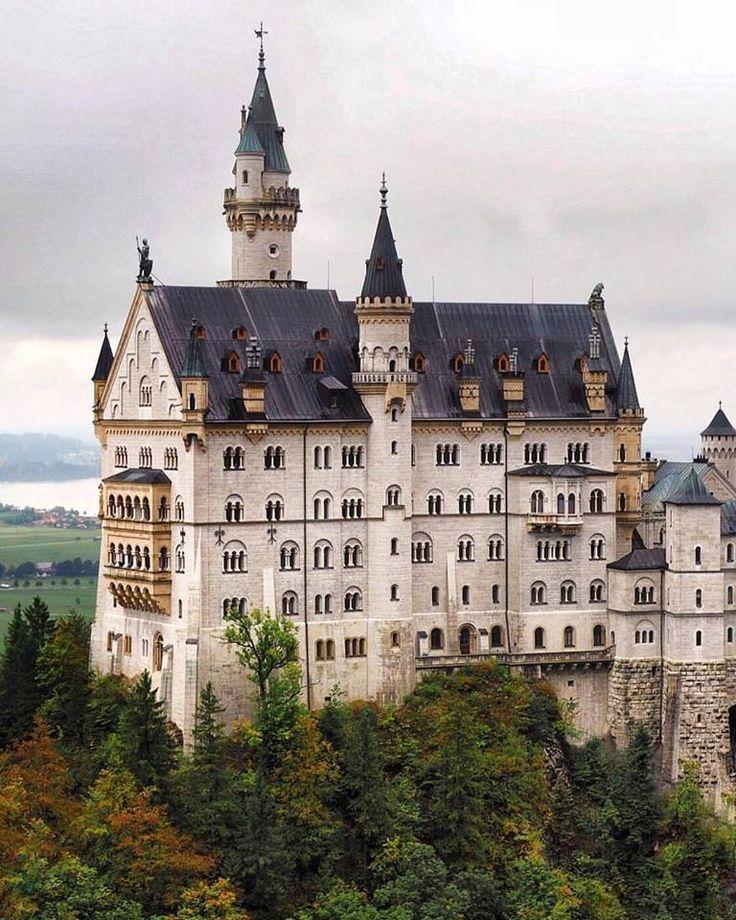 Castello di Neuschwanstein in Baviera, Germania