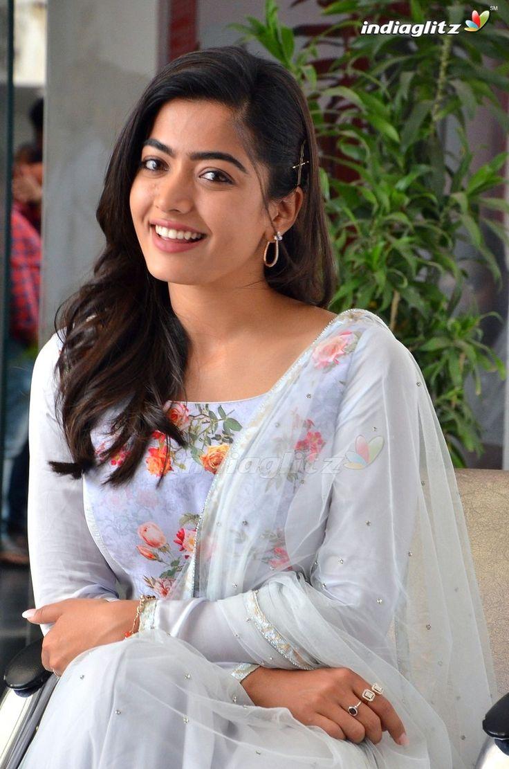 Telugu Heroine Geethanjali Latest Images - Actress Doodles