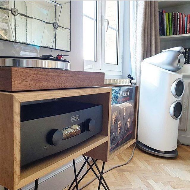 Le Connaisseur Kopo Creation En 2020 Meuble Pour Platine Vinyle Meuble Vinyle Meuble Hifi