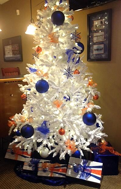 It's an Edmonton Oilers #HockeyHolidays for twitter fan @alberta_girl7.