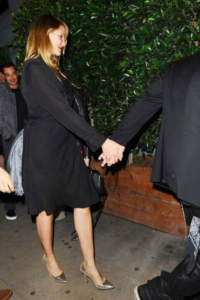 Cameron Diaz Photos Photos - Happy couple Nicole Richie & Joel Madden are spotted on a double date with newlywed couple Cameron Diaz & Benji Madden at Giorgio Baldi's in Santa Monica, California on February 14, 2015. Cameron and Benj recently tied the knot during an intimate ceremony at their home in Los Angeles. - Nicole Richie & Joel Madden Celebrate Valentine's Day With Cameron Diaz & Benji Madden