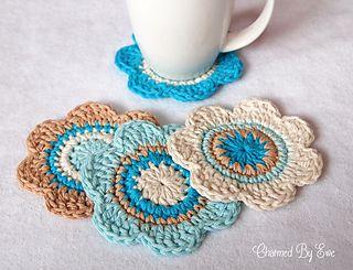 Free Flower Coasters Pattern..★ Teresa Restegui http://www.pinterest.com/teretegui/ ★..