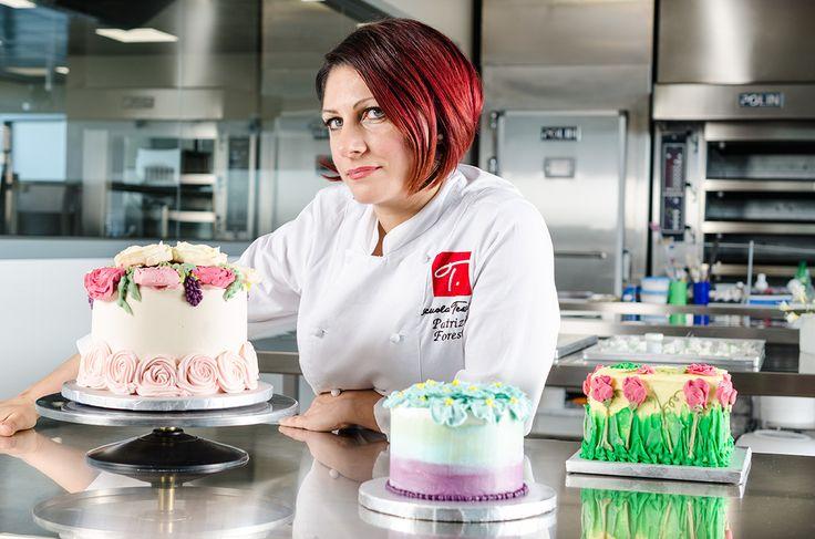 """Corso amatoriale """"Bakery & frosting"""" in partenza il 12 ottobre per chi ama il cake design e non solo! http://www.scuolatessieri.it/course/bakery-frosting-torte-ad-effetto-belle-dentro-e-fuori/ #cakedesign #pasticceria #bakery #dolci #scuoladicucina"""