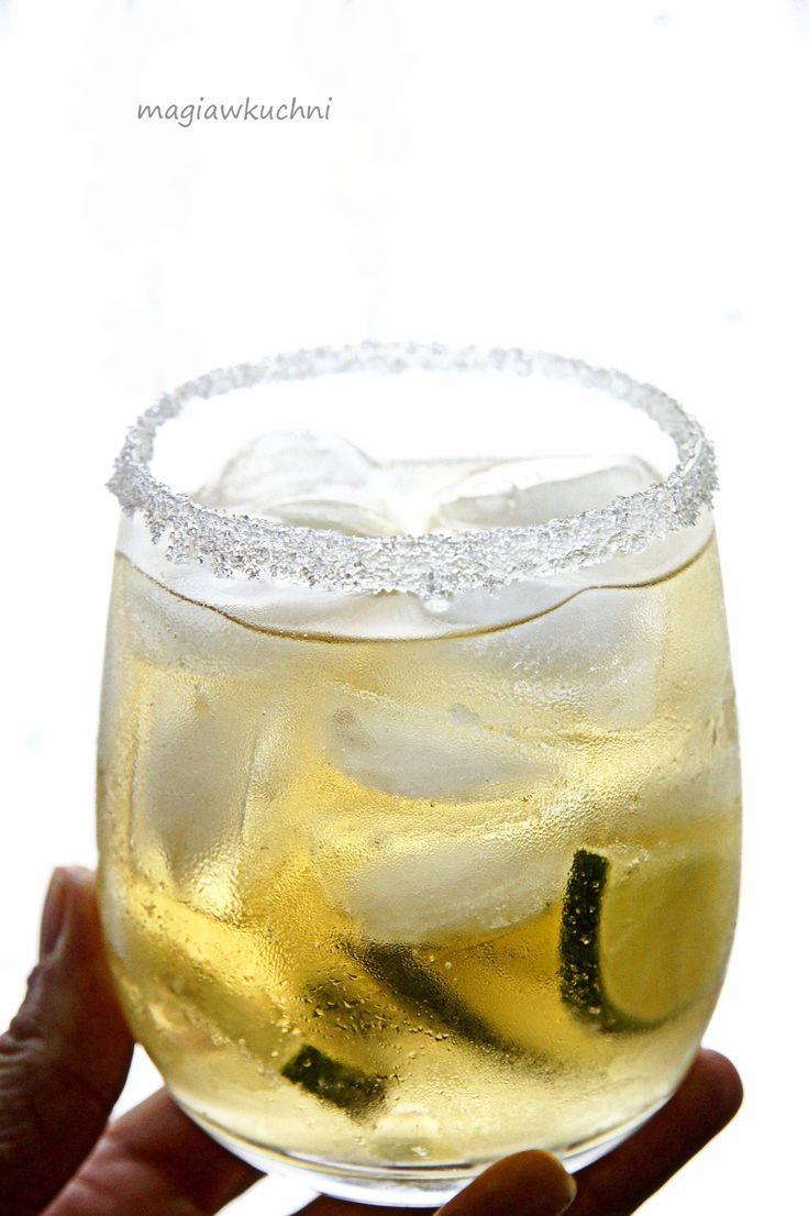 Drink z rumem.