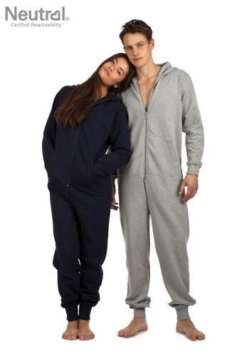 Økologisk unisex jumpsuit Neutral, doneret af mckorman.com.