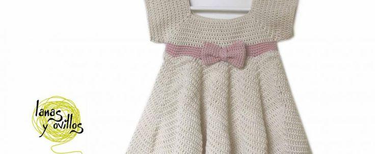Baby dress free crochet pattern with video tutorial. (voor een 2-jarige...)