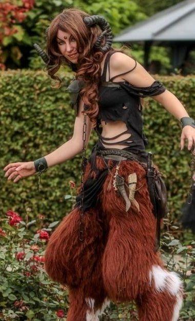 Yeeeeeeees !!! Lady Faun  http://www.elfia.com/costumes/56  Beautiful Faun costume by:  Lara Isilya