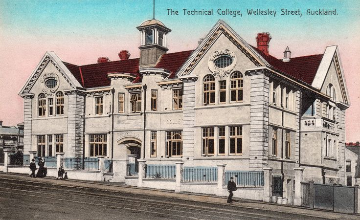 The Technical College, Wellesley Street, Auckland. Postcard by Spreckley & Co., Booksellers, Auckland.